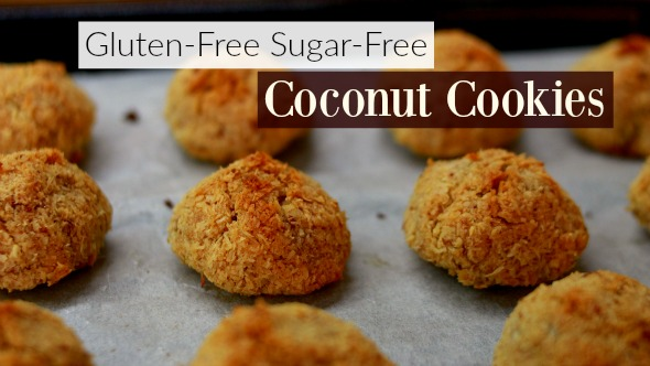 Gluten-Free, Sugar-Free, 3-Ingredient Coconut Cookies (Coquitos)