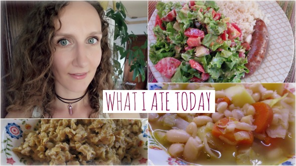 What I ate Today (Home Alone Edition!) + Spanish White Bean Stew Recipe