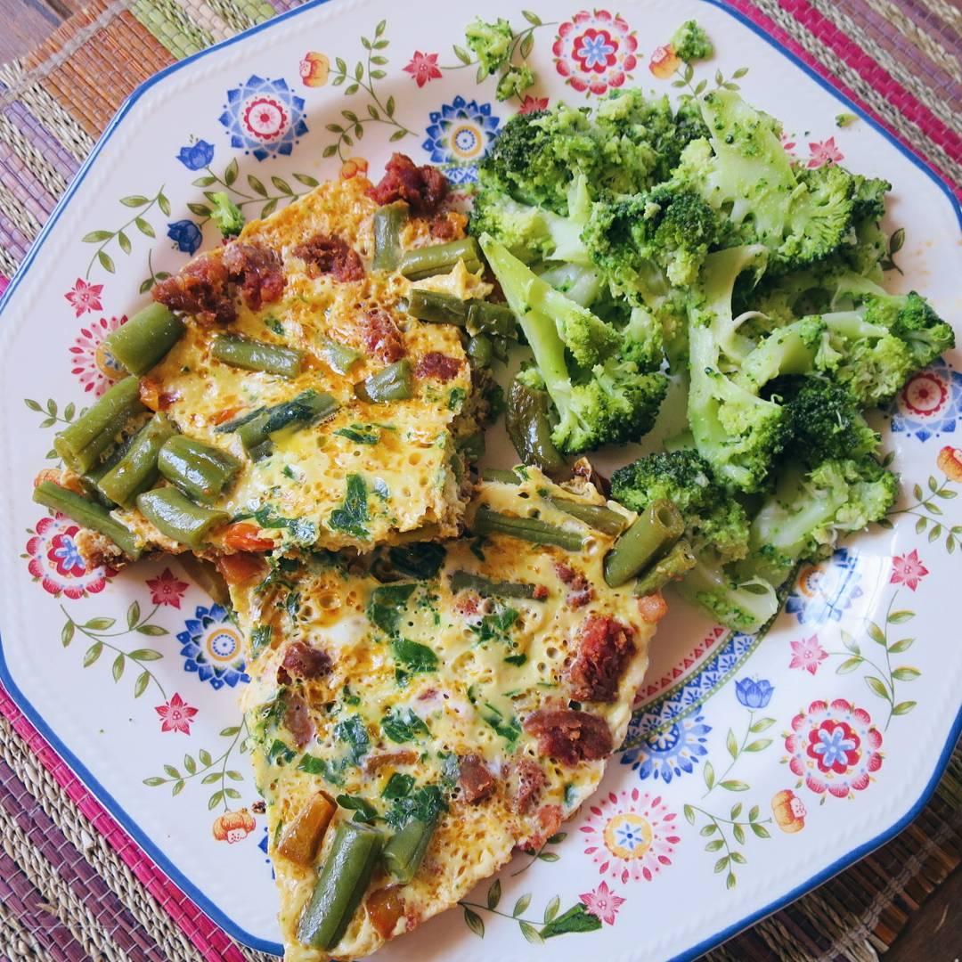 Green Bean Frittata with Chorizo – Easy Breakfast Recipe